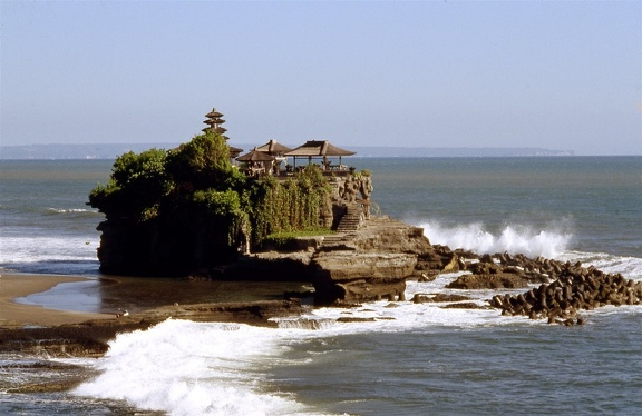 Tanah Lot001 red