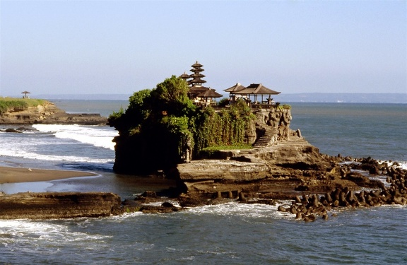 Tanah Lot003 red